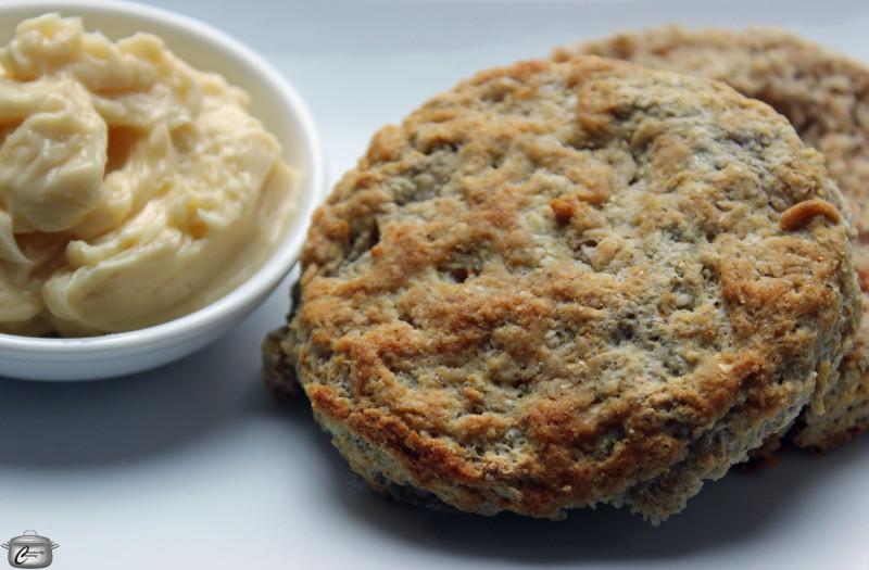 cornflour buttermilk biscuits with maple butter