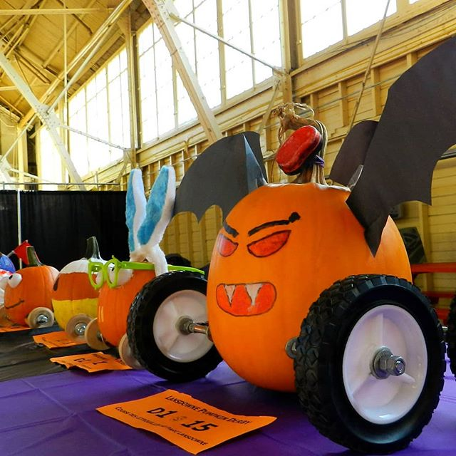 Hi #Ottawa! Halloween comes to Lansdowne Park with the 5th annual Pumpkin Derby